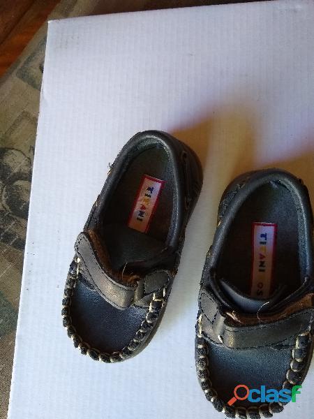 Zapato Nautico Mocasin Keek 18 nuevo cuero azul Perfect 0