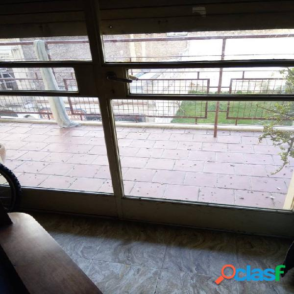 Venta Departamento 3 D con balcon al frente y obra de gas hecha 3