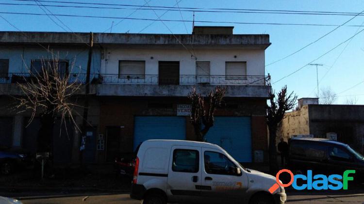 Casa Con Local Y Amplio Terreno Ideal Inversor 1