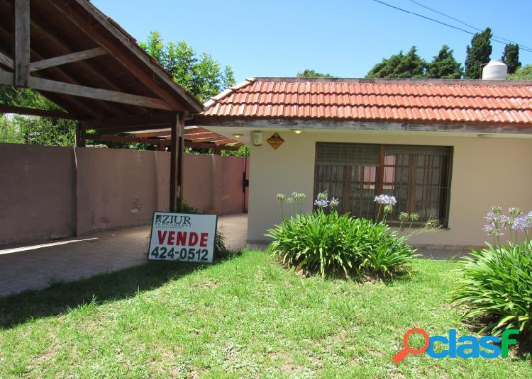 CASA EN VENTA - PUNTA LARA 323 - BARRIO LA FLORIDA 1