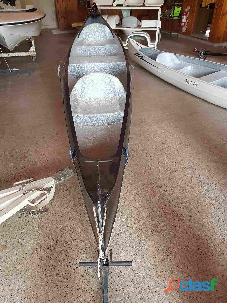 Canoa Canadiense o Piragua 3