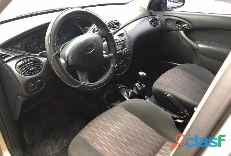 Ford Focus 1.8 Tdci Ghia 1