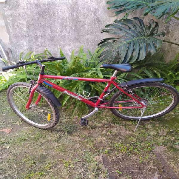 Vendo bicicleta hichi con 18 cambios Montain bike rodado 26 0