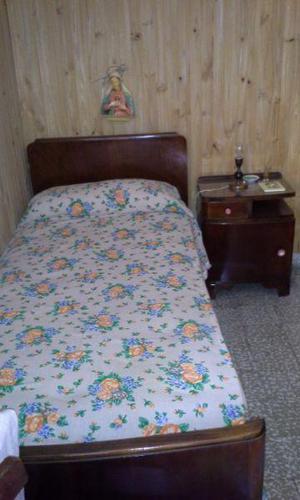 Cama colchon plaza madera anuncios julio clasf for Sillon cama de una plaza y media