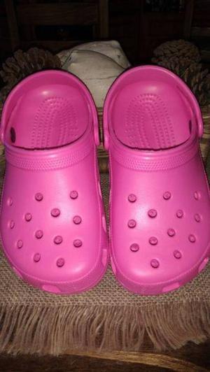 Crocs originales para nena