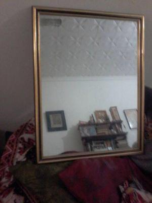 Espejo marco antiguo dorado clasf for Espejo marco dorado