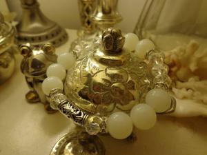 Finisima pulsera en piedras cristales y strass importada
