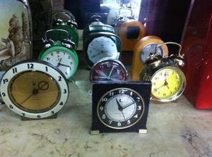 Antigua coleccion de despertadores, original ***!!!