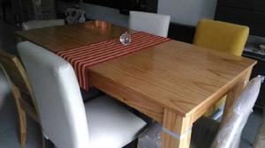 Mesa y 4 sillas tapizadas
