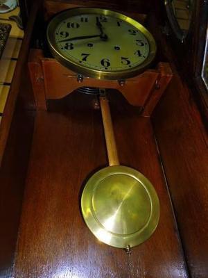Reloj antiguo de pared..funcionando..miralo
