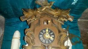Reloj cu cu original de la selva negra falta puertita