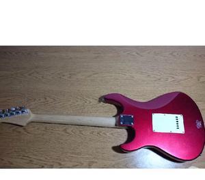 Guitarra yamaha!! pacífica 012 en muy buen estado!