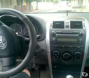 Toyota corolla xli 2014 - impecable, pocos kms, gomas nuevas