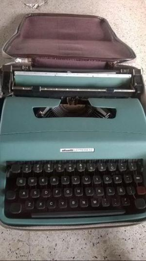 Máquina de escribir olivetti lettera 32 para reparar!! con