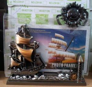 Porta retrato decorado con barco, velero, fragata