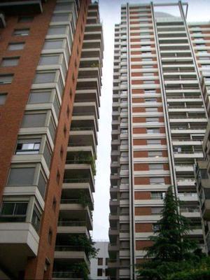 Palermo Chico: Torre Gelly. Excelente 3 ambientes con