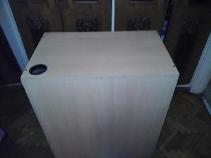 mueble con cajonera buen espesor color HAYA poco uso