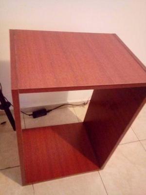 Cubo estante rectangular 58 x 40 x 30 usado