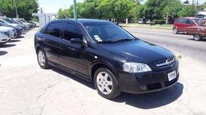 Chevrolet astra gl 2.0 5pts 2010 63000km permto financio