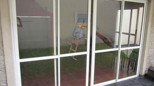 Puerta balcon aluminio clasf for Puertas balcon usadas