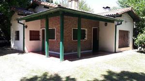 Casa con parque 1600 m2. z/residencial parque gaona