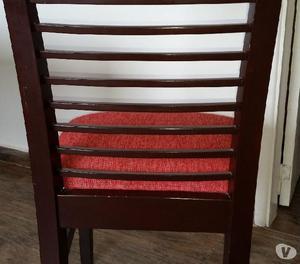 Juego de comedor mesa y cuatro sillas excelente estado