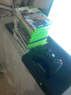 Xbox 360 original con 5 juegos