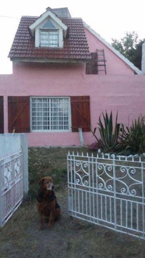 Casa con jardín a 5 cuadras playa para 6 personas san