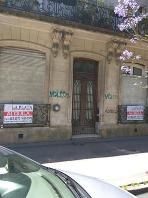 Inmobiliaria alquila casa en calle 5 nro 988 entre 51 y 53