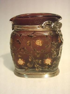 Vaso antiguo de vidrio de nancy con ornato de plata