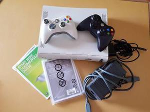 Xbox 360 acade usada. muy buen estado!