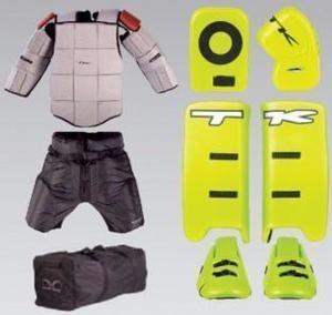 Kit de arquero hockey tk pads guantes pechera bermuda casco