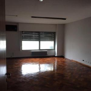 Oficina en alquiler. 2 amb. 50 m2. 50 m2 cub. oficina centro
