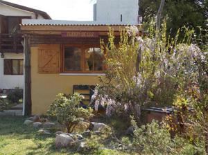 Cálida cabaña en capilla del monte con cochera cubierta e