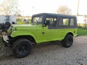 Flamante jeep potro largo, hecho nuevo