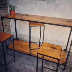 Mesa barra para jardín con bancos estilo industrial