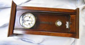 Reloj péndulo de pared kienzle antiguo a revisar tx