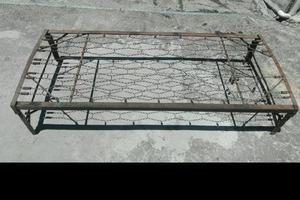 Cama antigua señorial hierro
