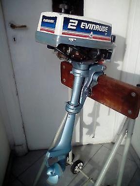 Motor evinrude 2hp $ 7600 muy bueno !!!