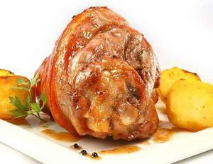 Pernil de cerdo, salsas y figazas 1380