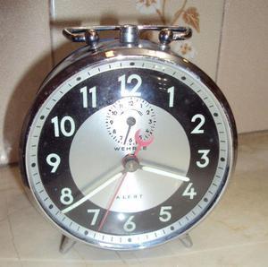 Reloj despertador wehrle - vintage alemán a cuerda funciona