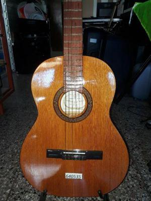 "Guitarra criolla ""antigua casa nuñez"" s/corte"