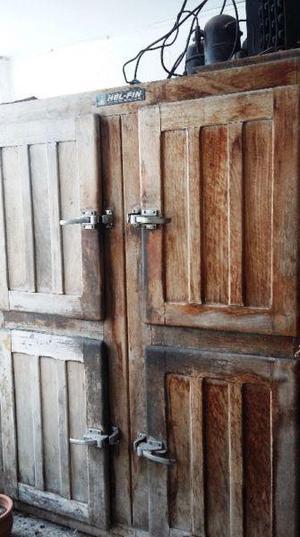 Heladera comercial 4 puertas madera