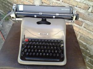 Maquina de escribir olivetti maquina de sumar electrica y