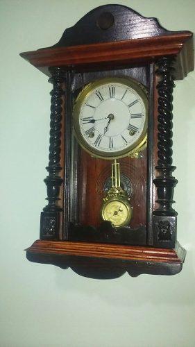495e2b5c5835 Pequeño reloj de pendulo antiguo waterbury en Argentina   ANUNCIOS ...