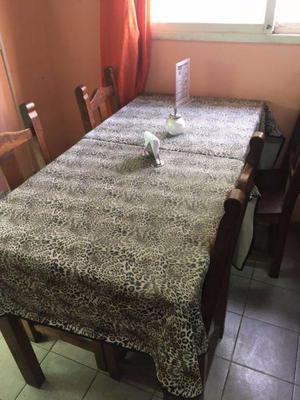 Mesas y sillas algarrobo