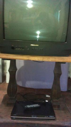 Vendo tv philco mas mesa algarrobo