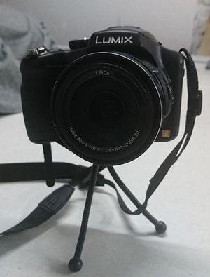 Camara lumix fz200 bolso goodie tripode chico