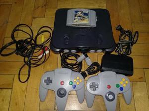 Consola de nintendo 64 cables 2 joysticks 1 juegos