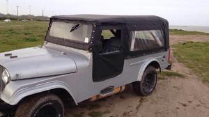 Jeep potro largo